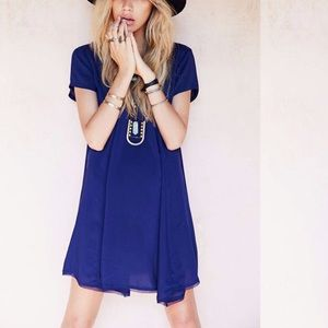 UO Swingy Tee dress in navy color, size S